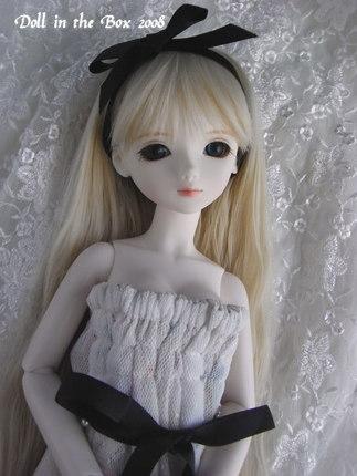 Emilie041